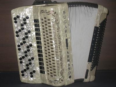harmonikka Bugari Armando Savon Harmonikka